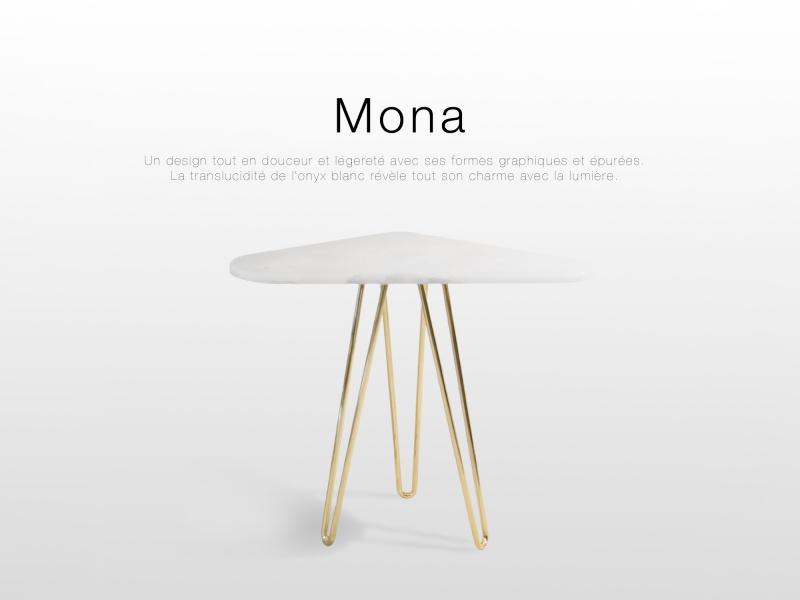 Mona: table d'appoint design en Onyx blanc et laiton poli