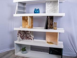 Bibliothèque design en marbre et bois laqué