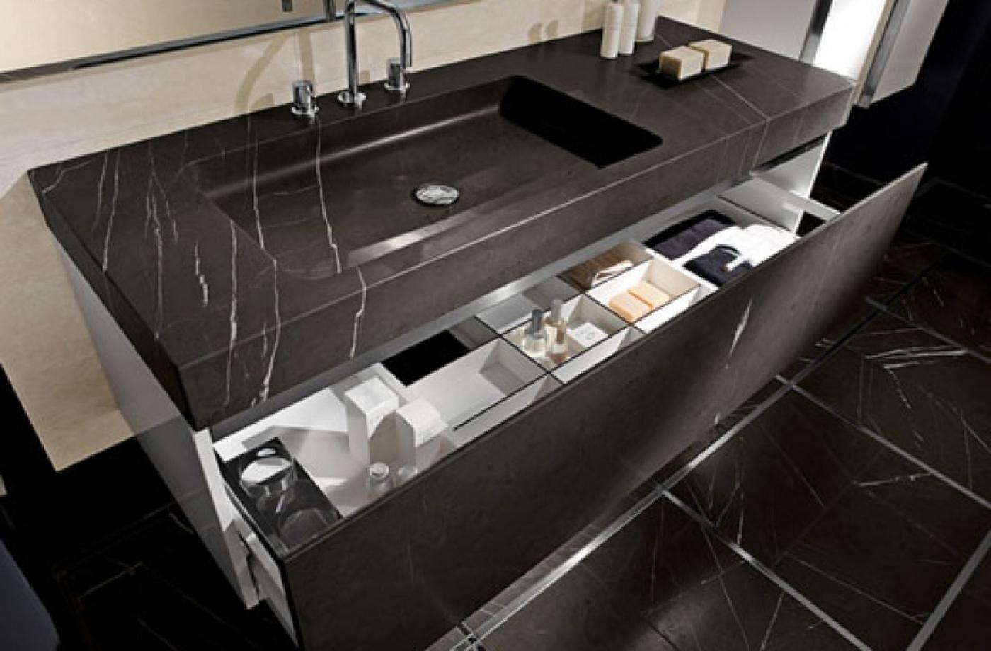 Plan vasque massif et meuble Nero Marquina