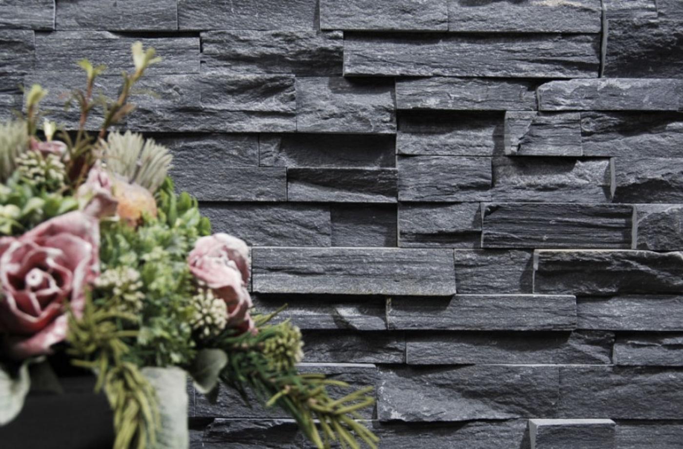Ardoise Stone Wall