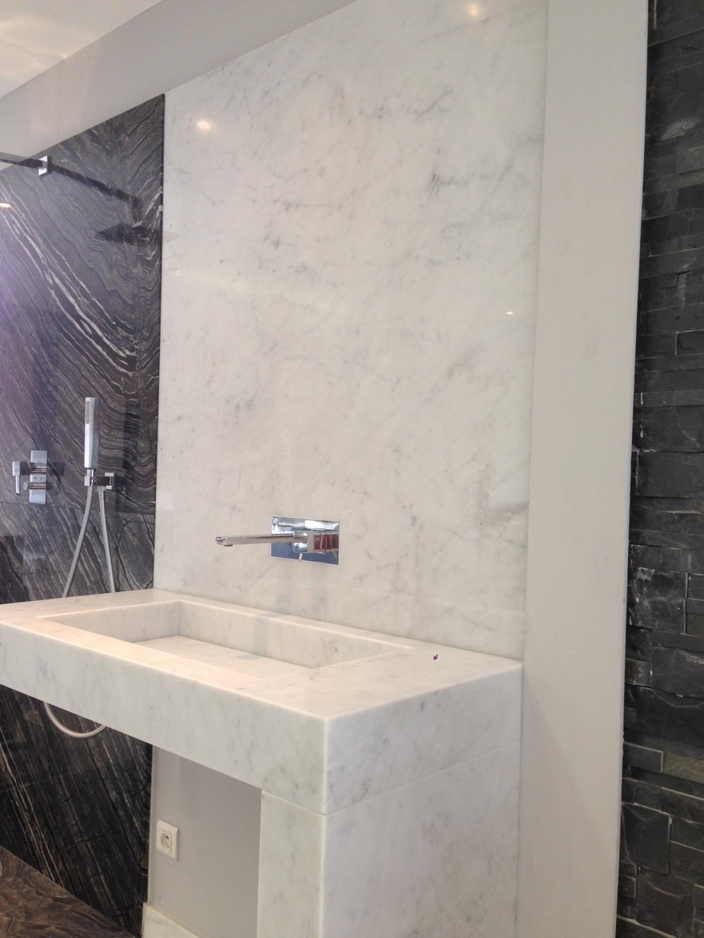 Granit Bianco Carrara   Salle de bains en marbre Blanc de Carrare