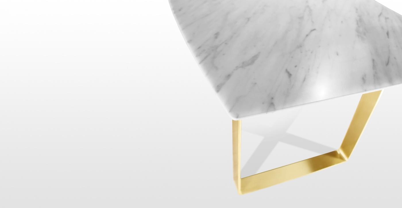 Agnes: table à manger en marbre blanc statuaire