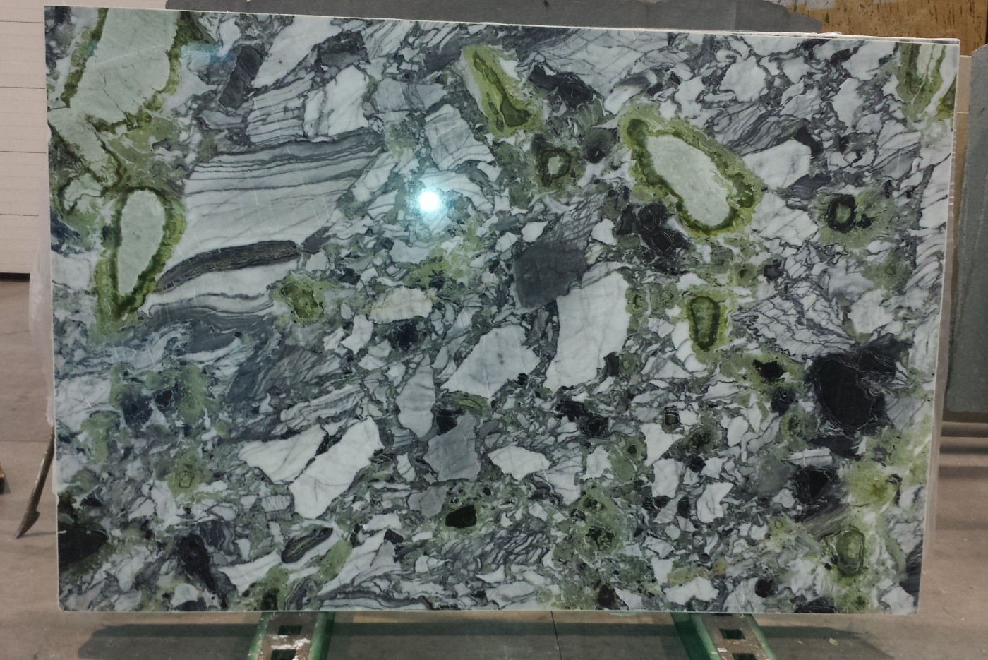Marbre White Beauty marble