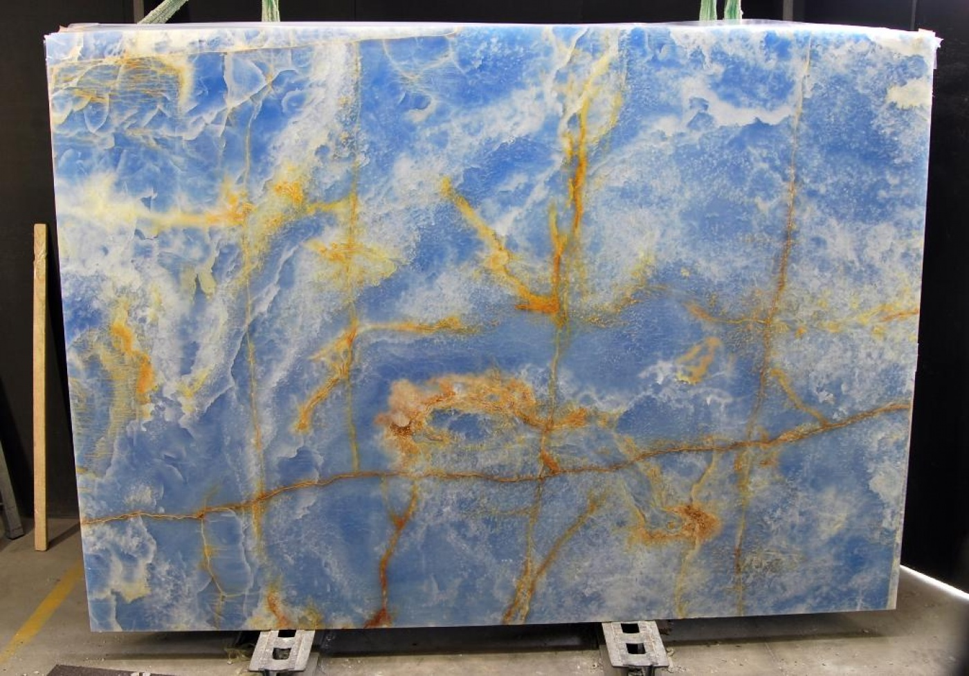 Blue onyx slabs tranche d'onyx bleu