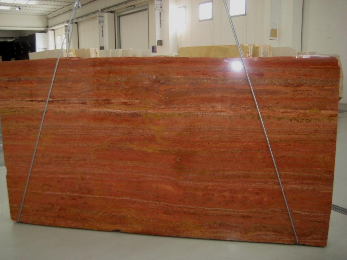 Marbre Travertino Rosso Persiano