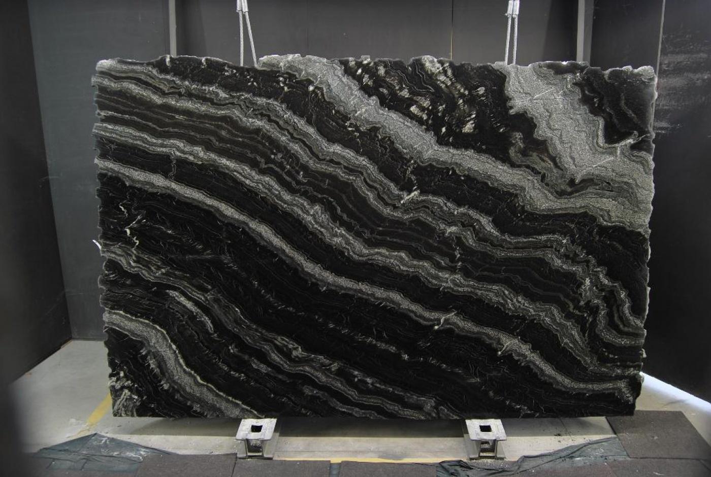 Marbre Agatha Black granite slabs