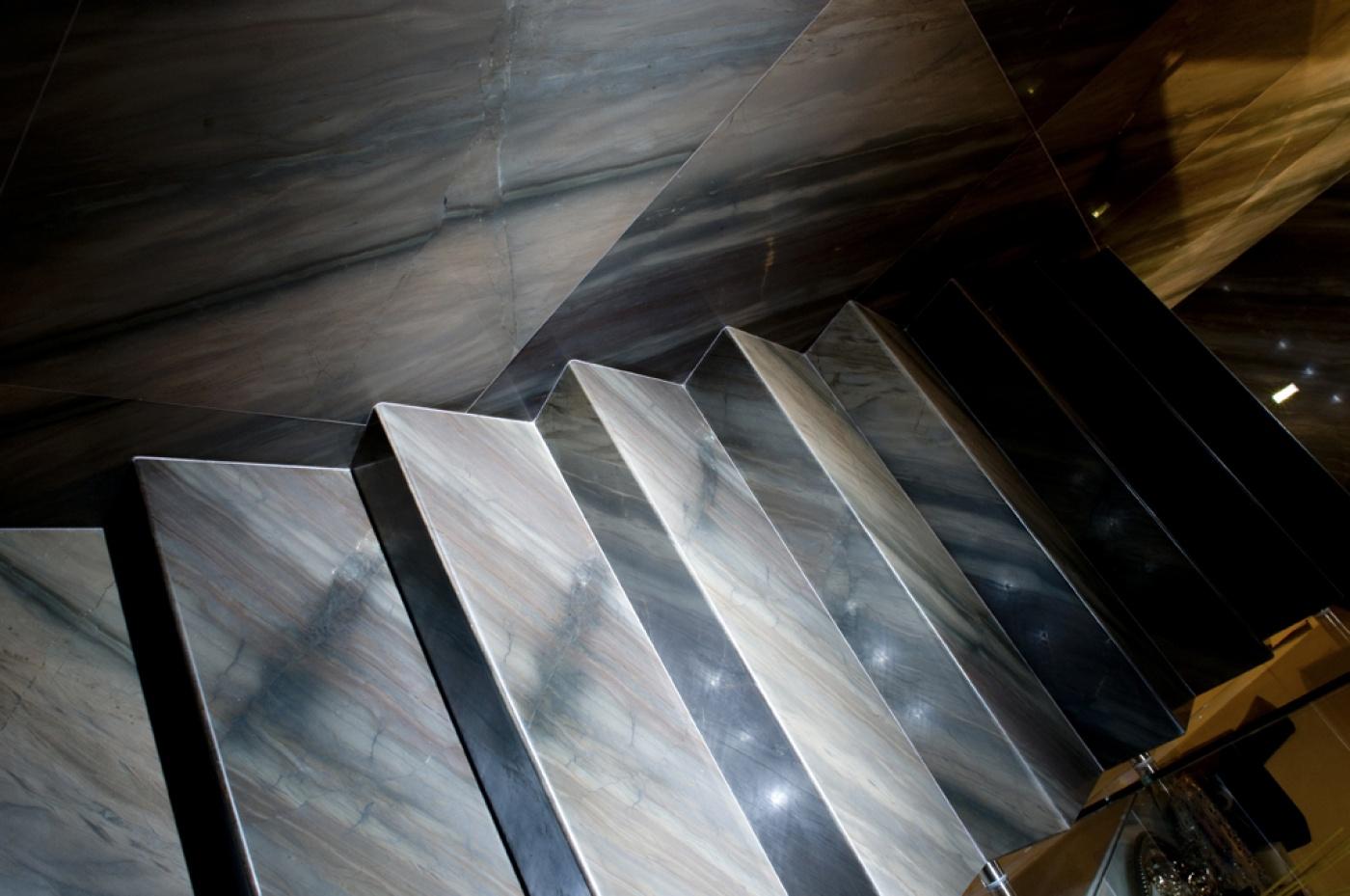 Glass Ceramic Escalier sur mesure en granit Elegant Brown