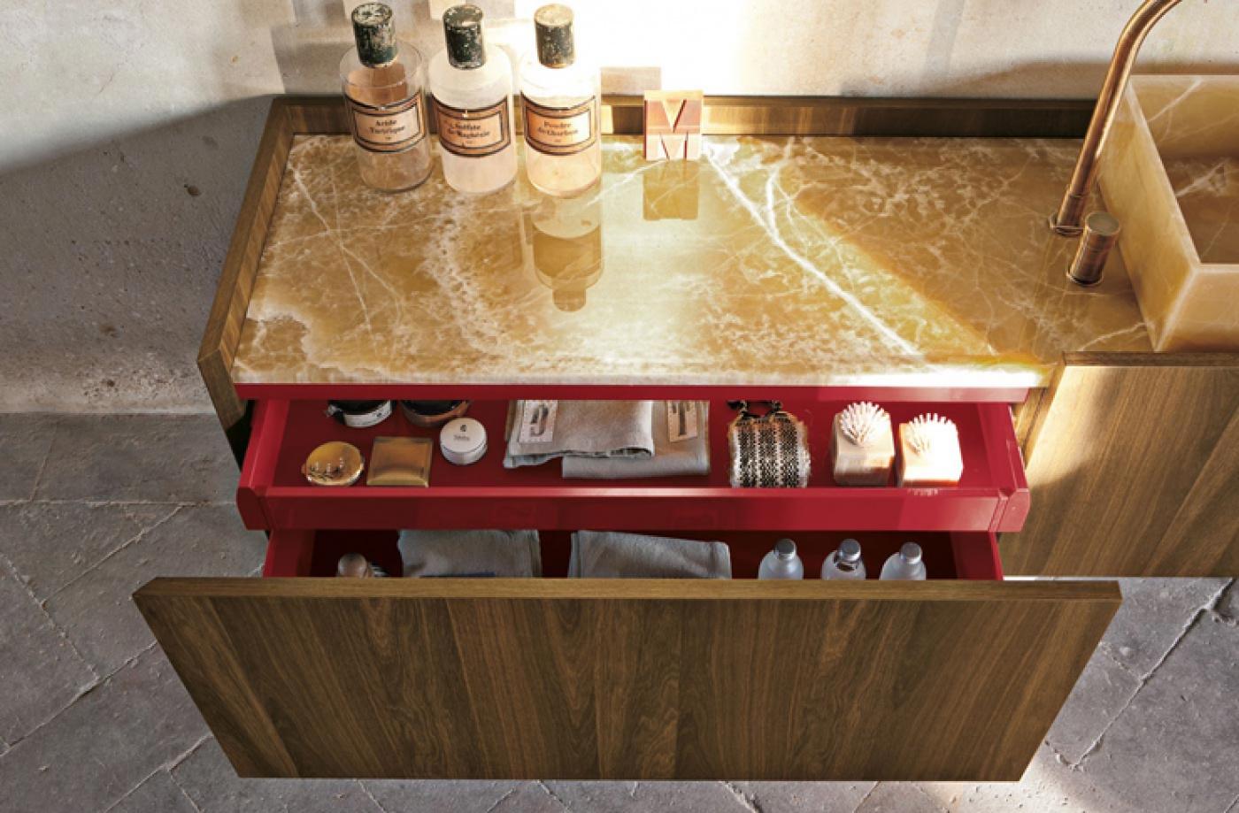 Granit Bains avec meuble Altamarea Must et vasque en Onyx.