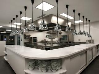 Silestone Blanco Zeus Extreme Cuisine de restaurant