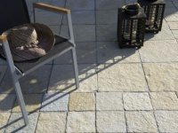 Paving Madras 20x20x2 and Tiles 40x40x2