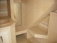 Salle de bains en Crema Luna. Vente et livraison à La Londe Les Maures (Var)