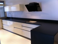 Kitchentop Black Zimbabwé flamed and brushed