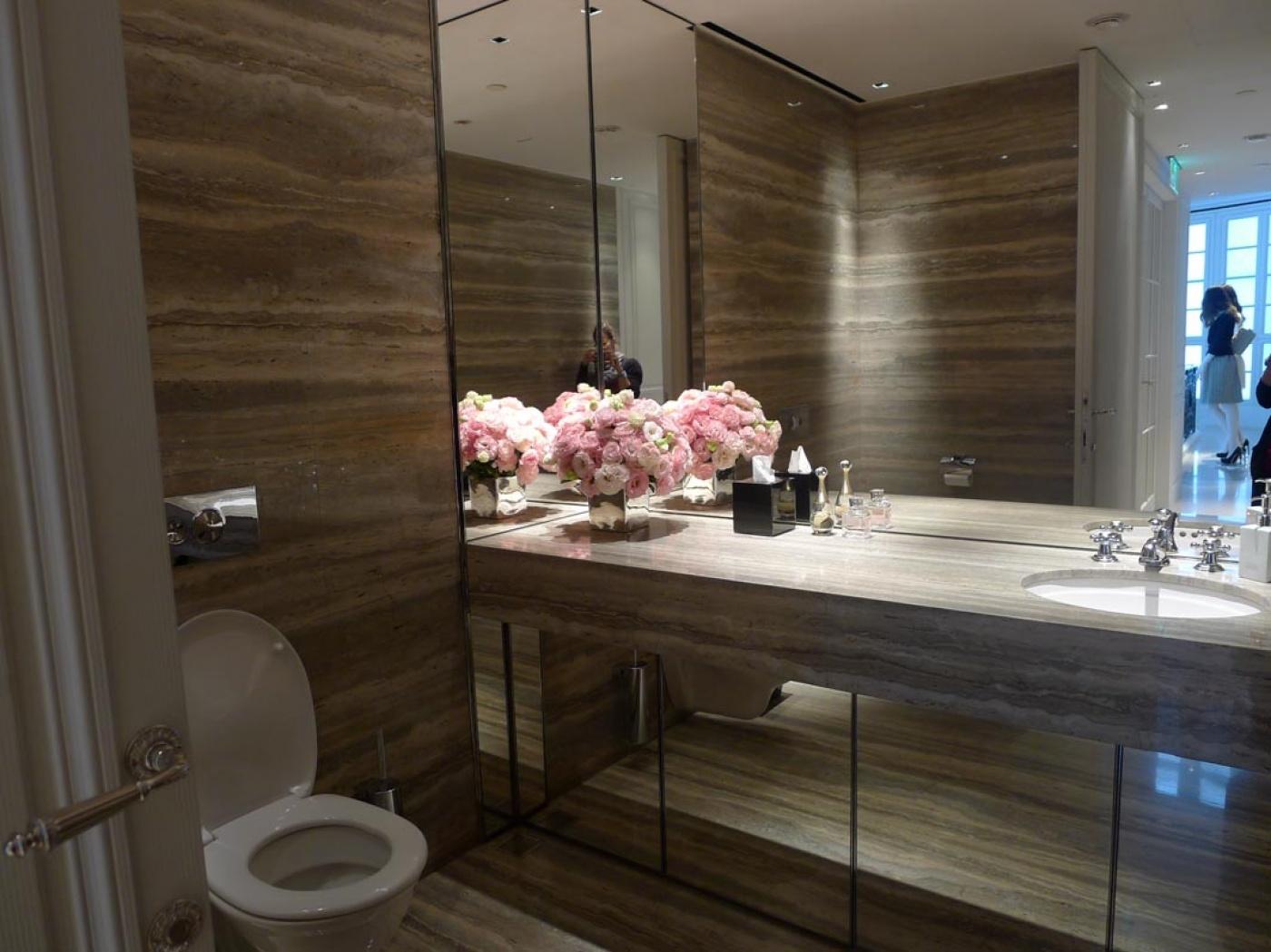 Marbre WC Travertino Silver