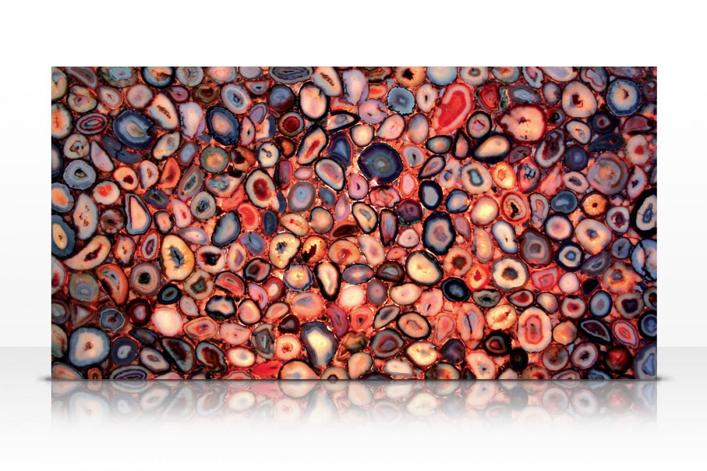 Granit Red Agate slab backlit