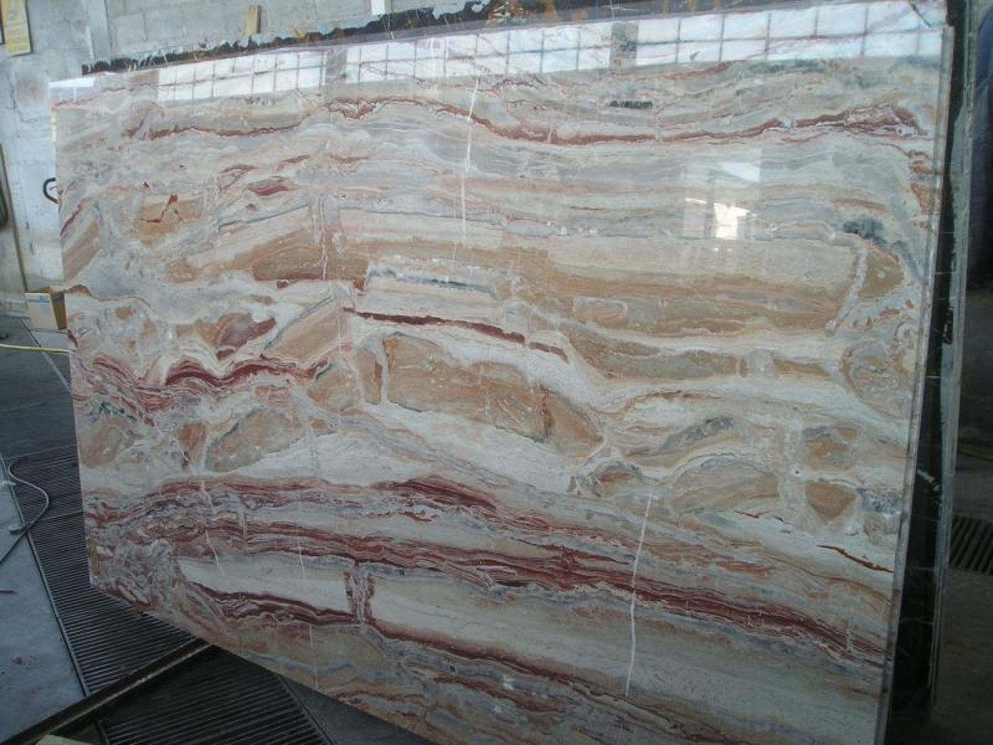 Marbre Arabescato Orobico Rosso