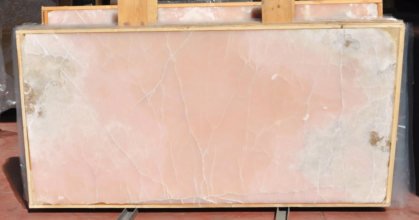 Pink Onyx extra Iran slab