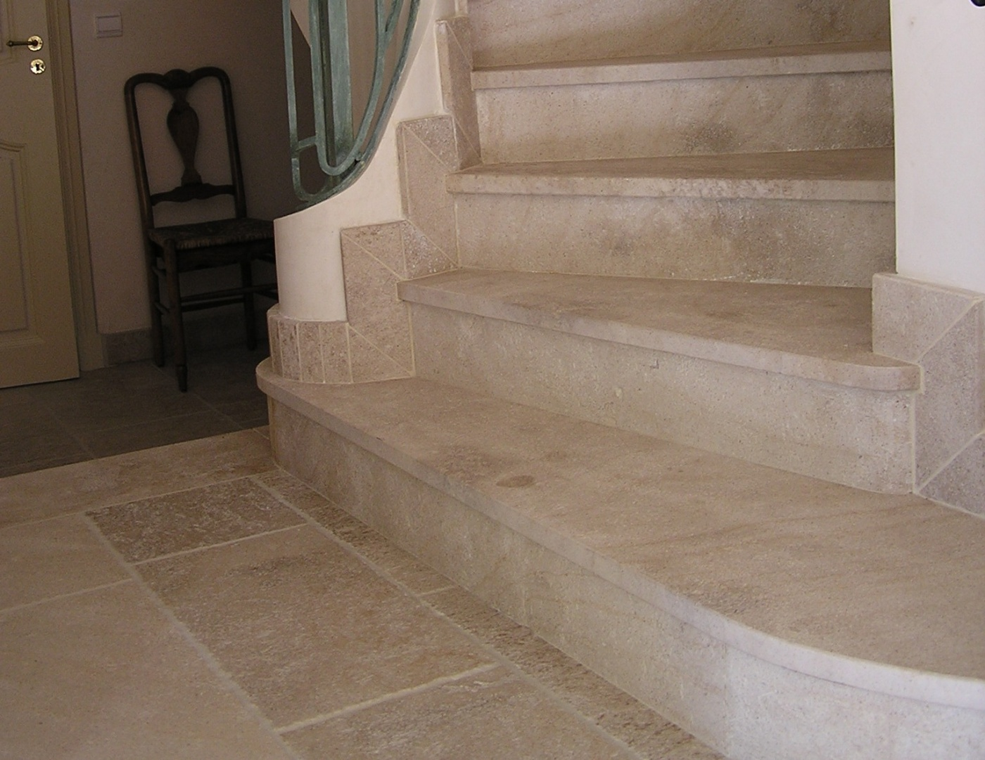 Ampilly Antique 