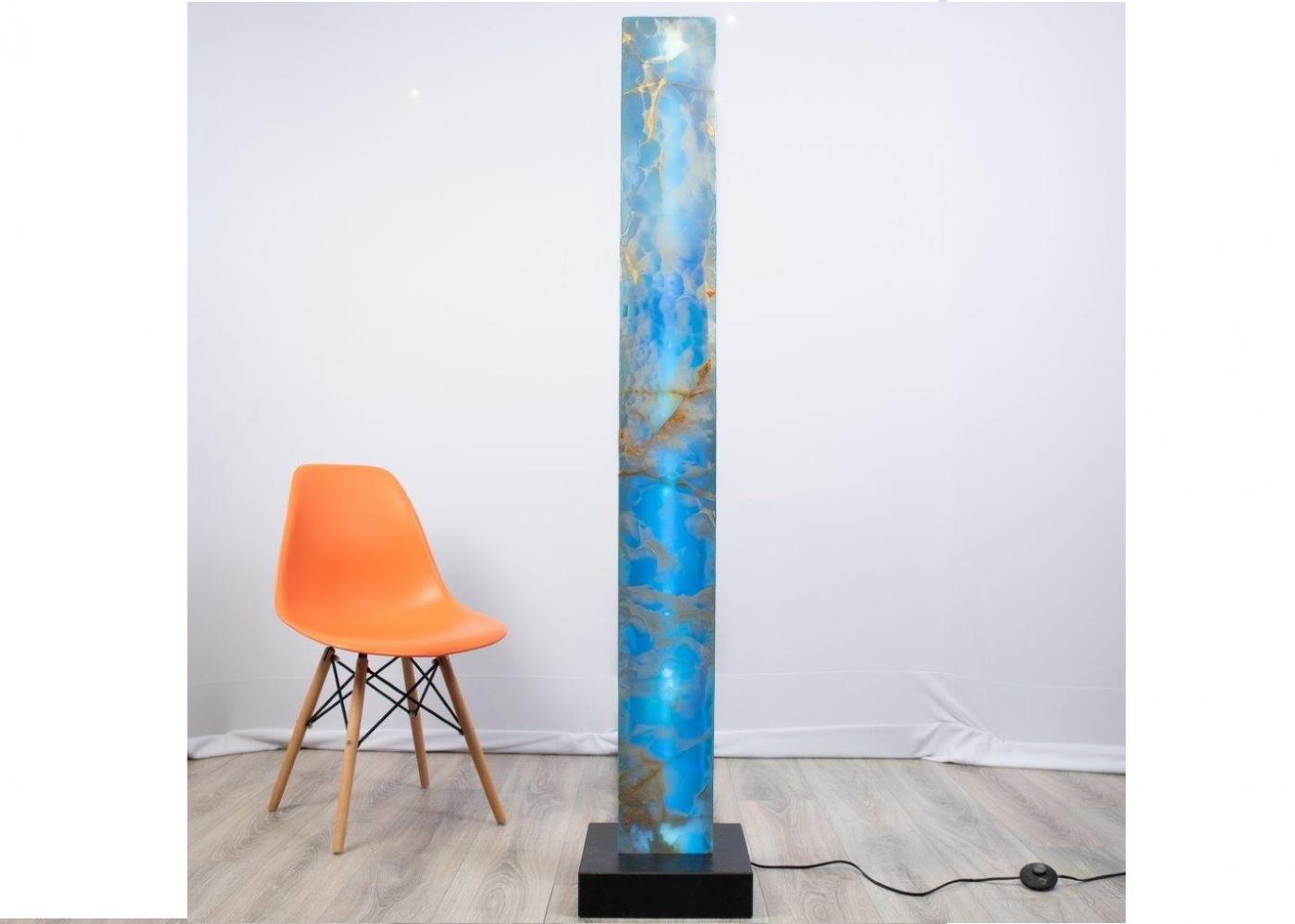 Lampe en onyx bleu gold rétroéclairé Barre lumineuse de 180cm sur socle granit