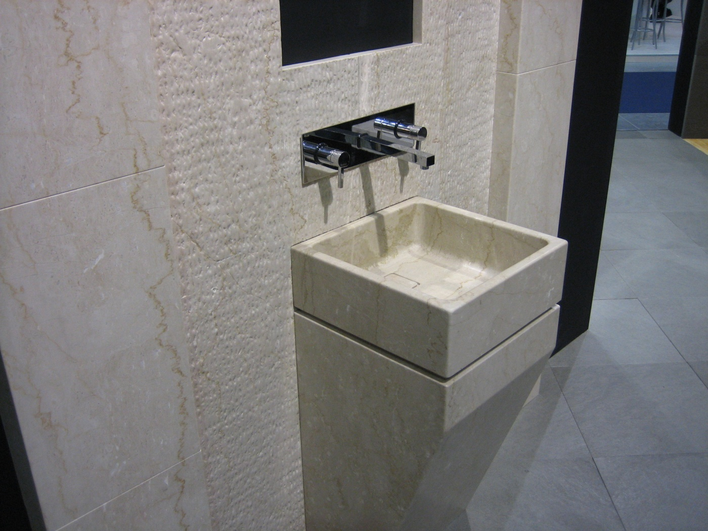 Marbre Lave main design Botticino